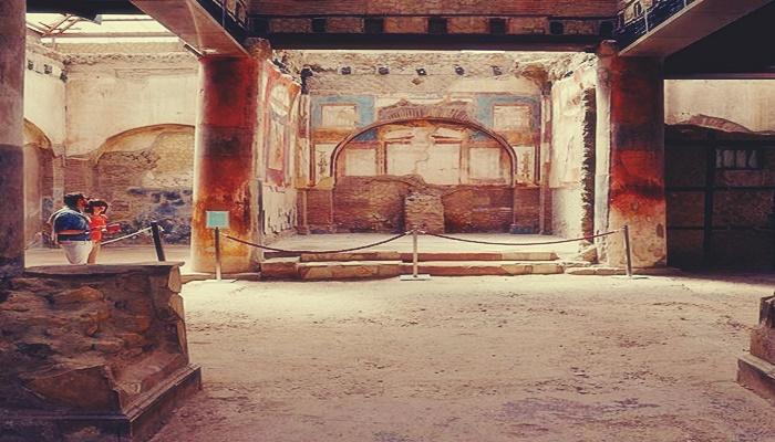 Gracias a la audioguia puedes saber como fue el estilo de vida de la antigua ciudad de Pompeya