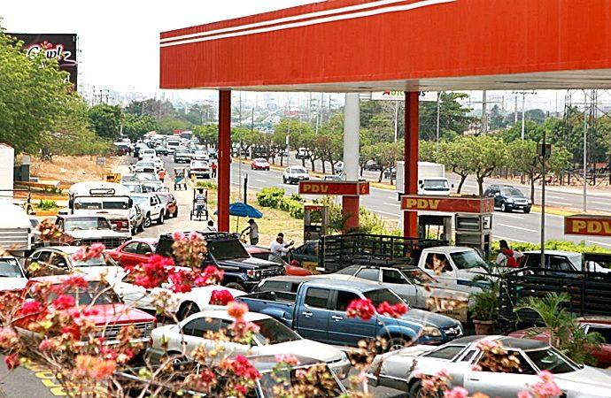 Las estaciones reportan pérdidas por la ausencia de combustible