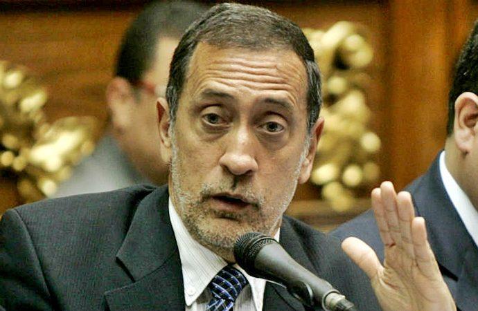 José Guerra de la Comisión de Finanzas de la Asamblea Nacional
