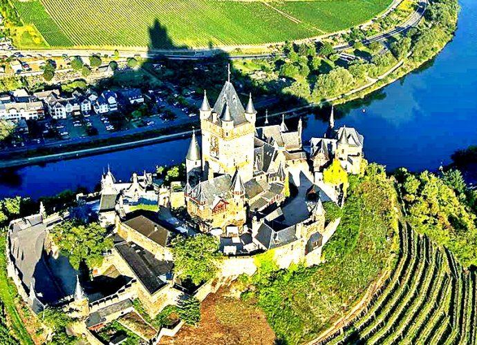 El Río Rhin ofrece un encanto panorámico
