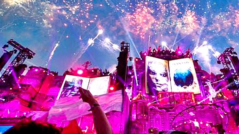 Fueron más de 1000 artistas los que estuvieron en escena en Tomorrowland