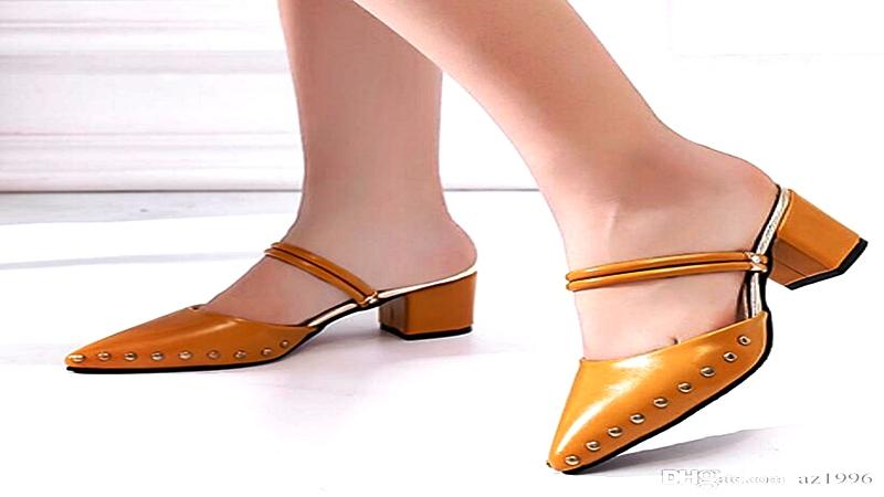 Dos tendencias de calzados en un solo par