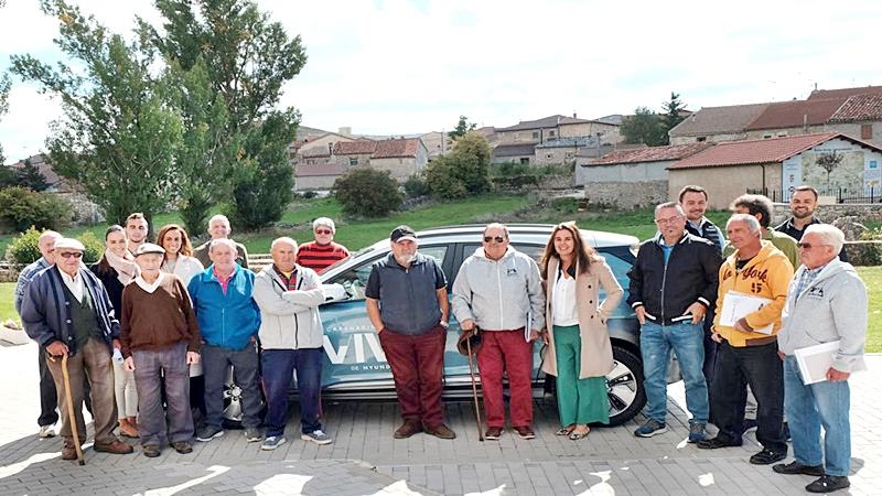 Campisábalos de España y Gerentes de Hyundai Motor España juntos en el proyecto