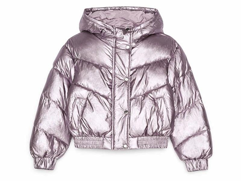 Una chaqueta en el color de moda para resistir el frío