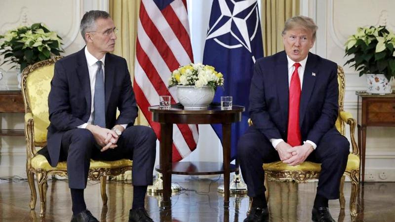 Una rueda de prensa polémica en la cumbre de la OTAN
