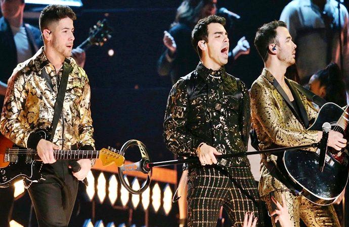 La noticia trágica y los Premios Grammy