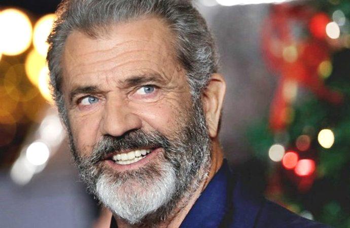Mel Gibson como Santa y perseguido por un asesino