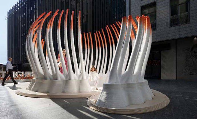 DECIDUOUS, pabellón impreso en 3D con 30.000 botellas de plástico recicladas