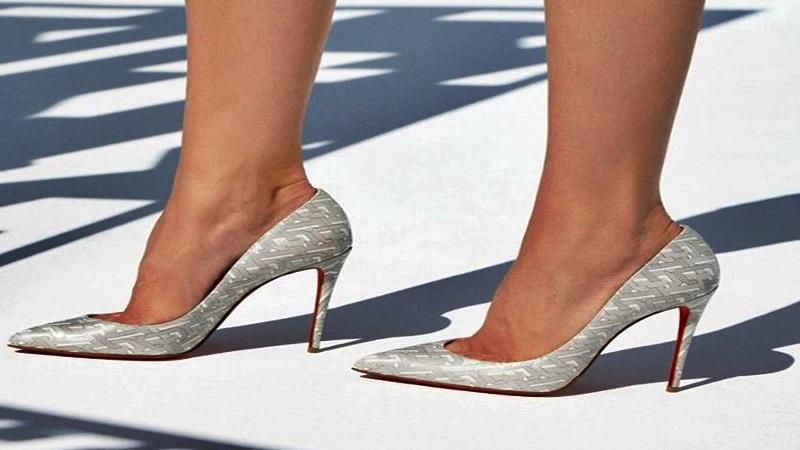 Zapatillas de 12 cm en adelante, es solo para las féminas elegantes