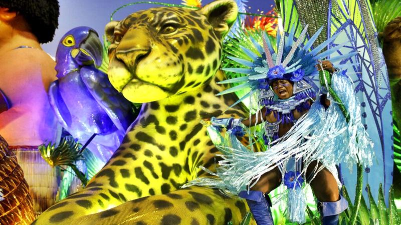 El desfile del Carnaval 2020 se hizo sin apoyo del gobierno