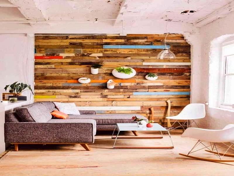 La pared se llena de tablas de colores