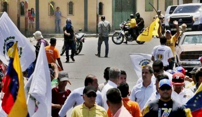 Corre peligro la vida de Juan Guidó y sus colaboradores en manos de los colectivos chavistas